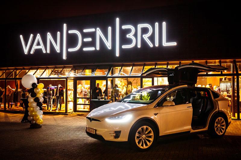 Van-den-bril